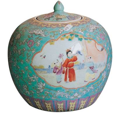Chinese Antique - Beautiful Porcelain Ware