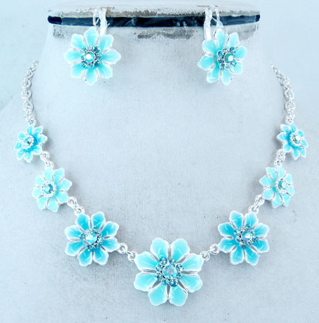 Imitation Jewelry - Necklace Set (2007 Spring Collection)